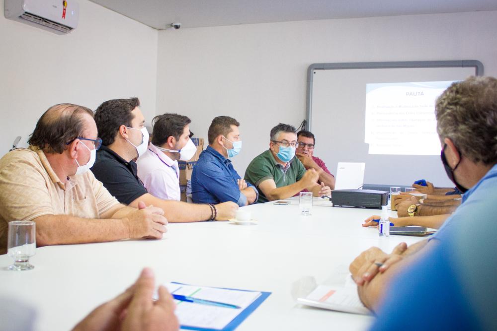 Prefeito Romualdo participa de Assembleia Geral do CIGRESCOR