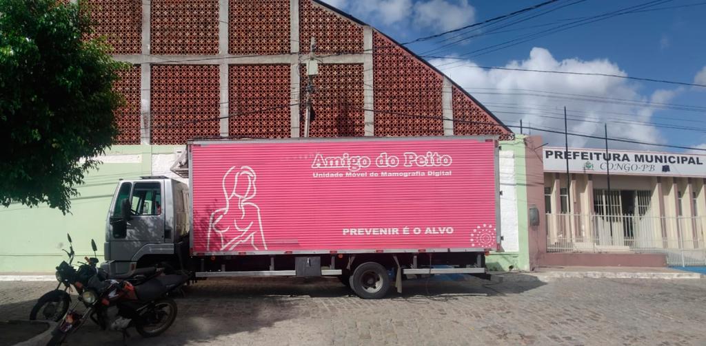"""""""Caminhão Amigo do Peito"""" está no Congo para a realização de exames de Mamografias"""