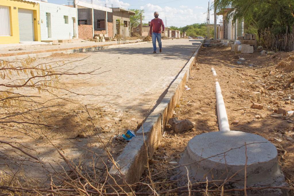 Prefeitura Municipal de Congo completa ampliação da rede de esgoto