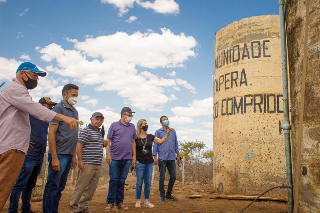 Prefeito Romualdo recebe visita de prefeita do município de Areia
